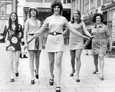 1960 mini skirt